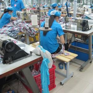 ベトナム工場内